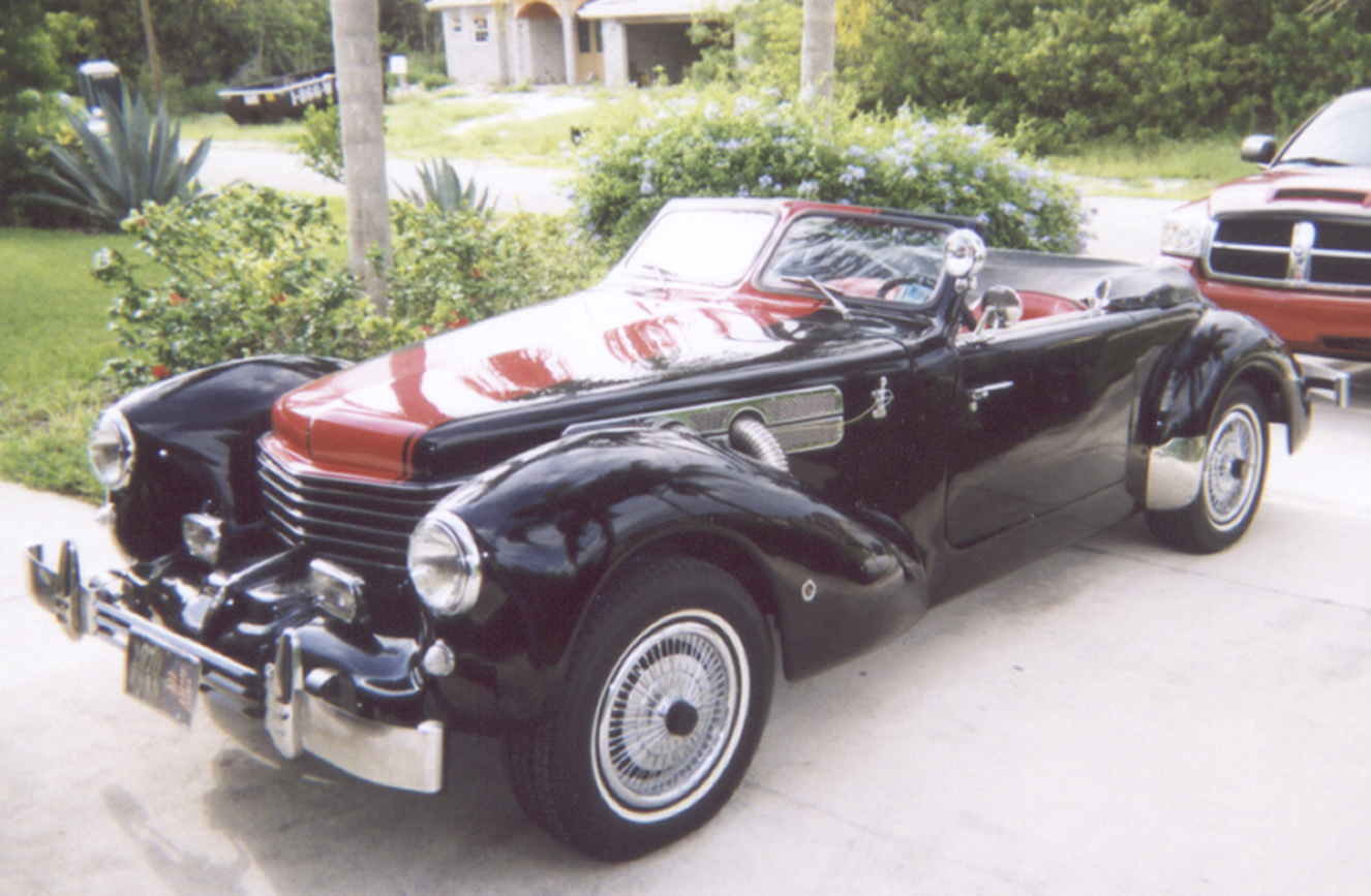 1970 Cord Royale - Owner Richard Sprech - Port St. Lucie, Florida. Photo courtesy of Richard Sprech
